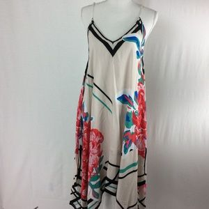 Flying Tomato Handkerchief Dress Floral Size M